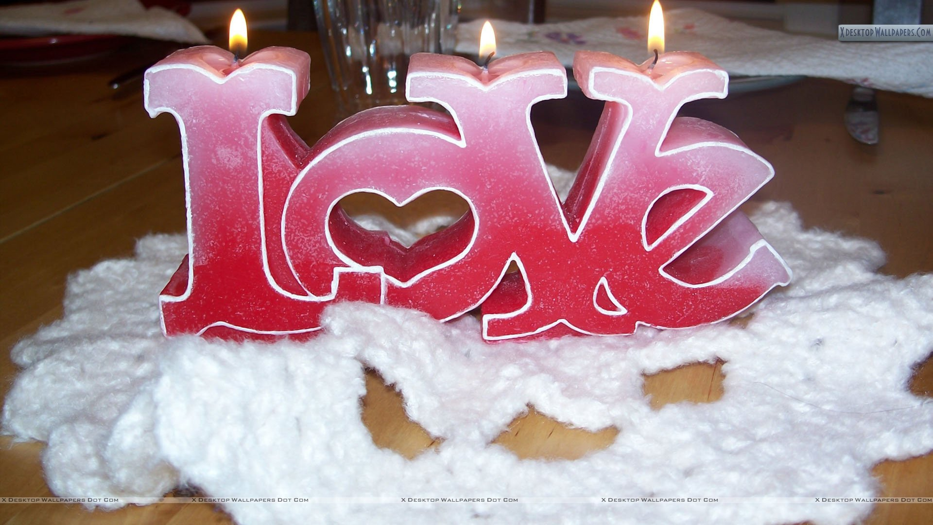Candle Love On Valentines Day Wallpaper