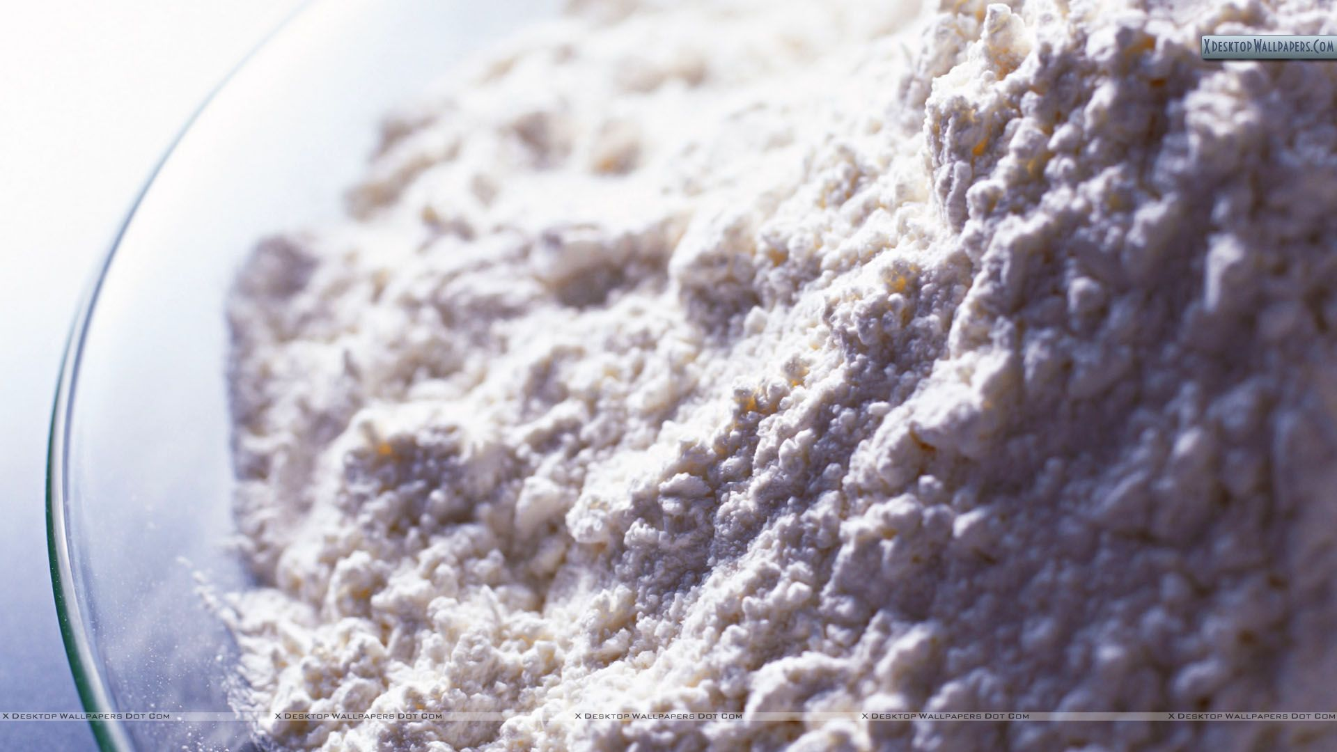 flour in glass bowl closeup picture wallpaper