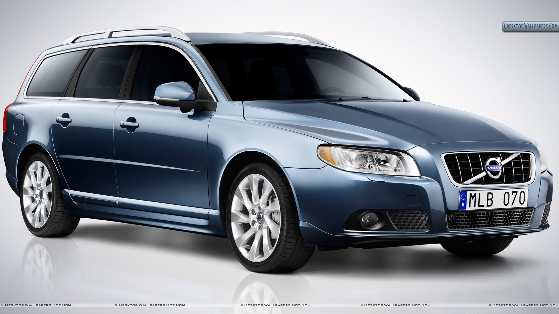 volvo v70 wallpapers photos images in hd. Black Bedroom Furniture Sets. Home Design Ideas