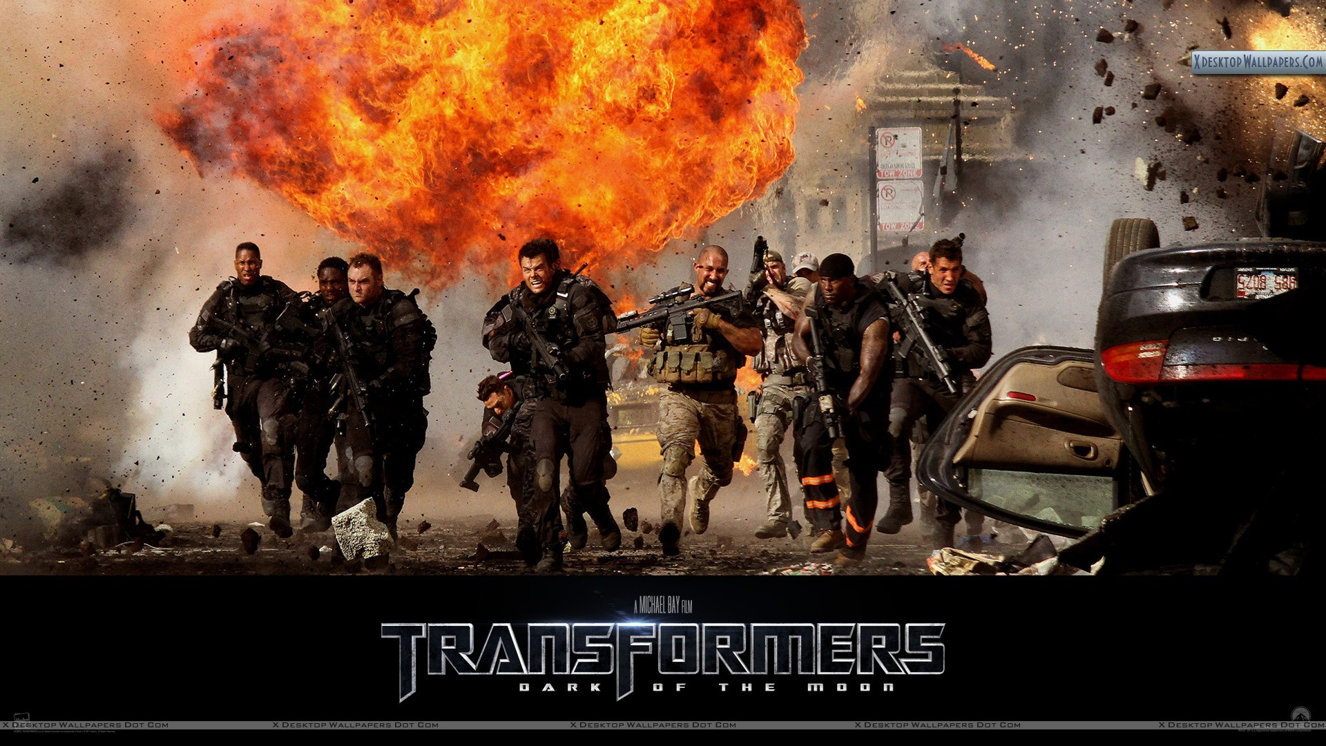soldiers running in transformers 3 dark of the moon wallpaper