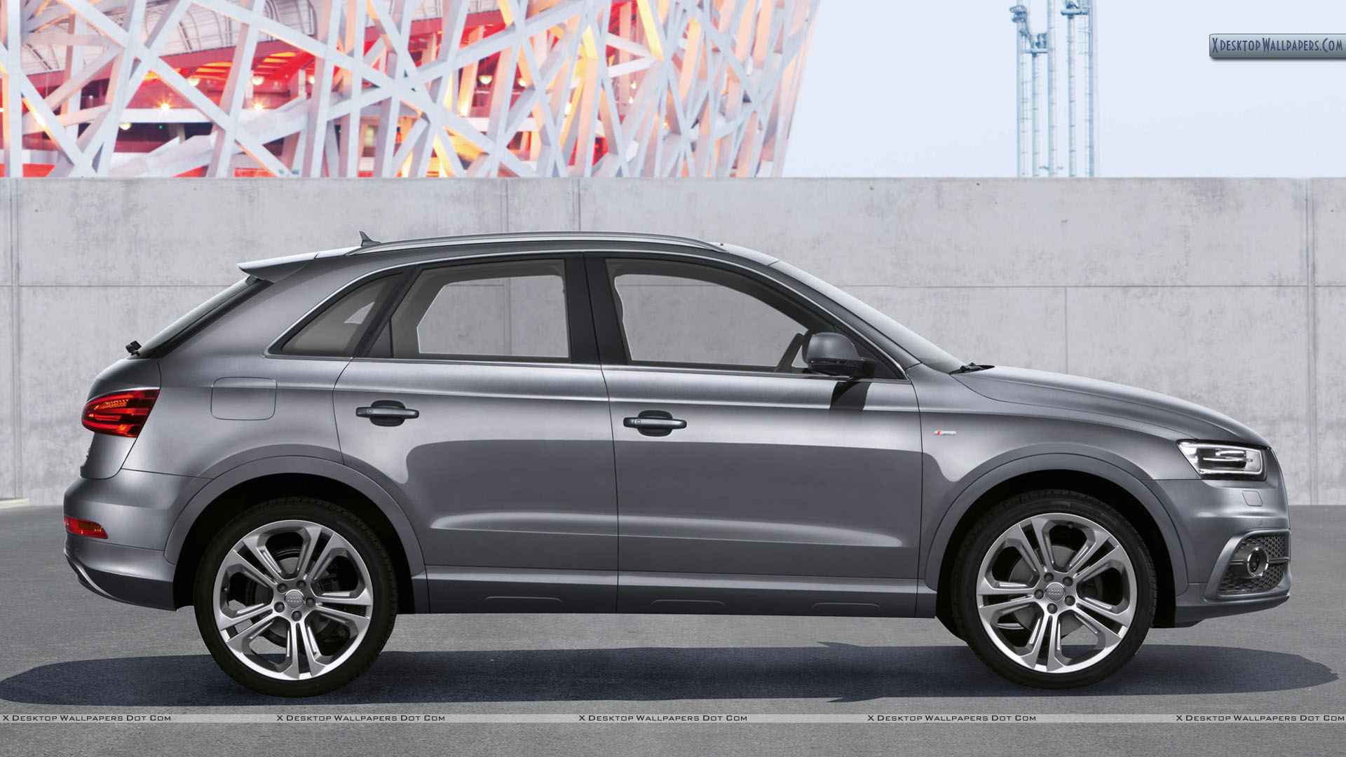 22012 audi q3 quattro s line metalic grey side pose. Black Bedroom Furniture Sets. Home Design Ideas