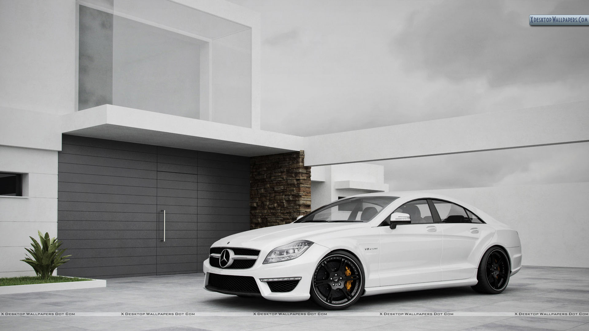 Wheelsandmore Mercedes Cls63 Amg Outside A House Wallpaper