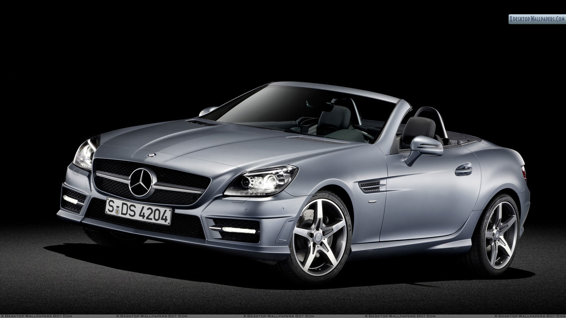 Front side view of silver mercedes benz slk 350 wallpaper