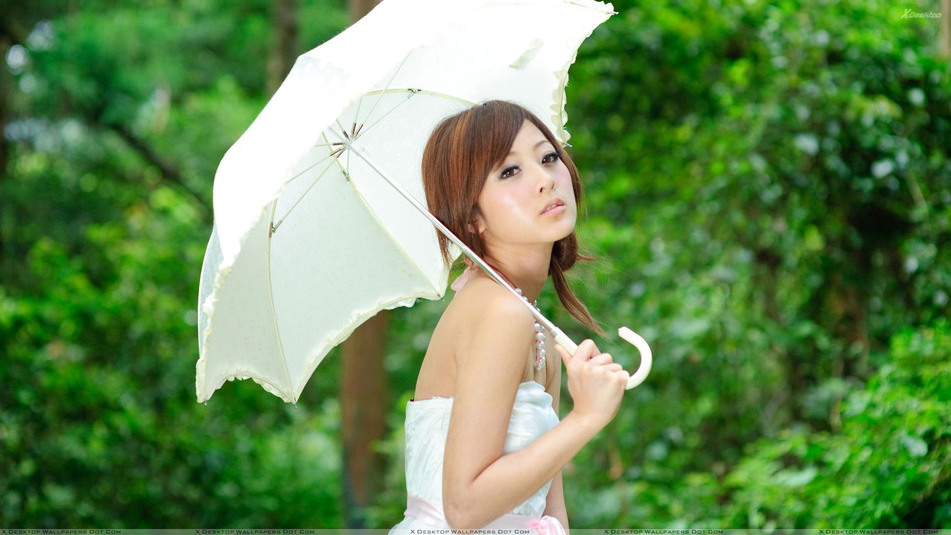 You are viewing wallpaper titled asian girl thinking with white umbrella