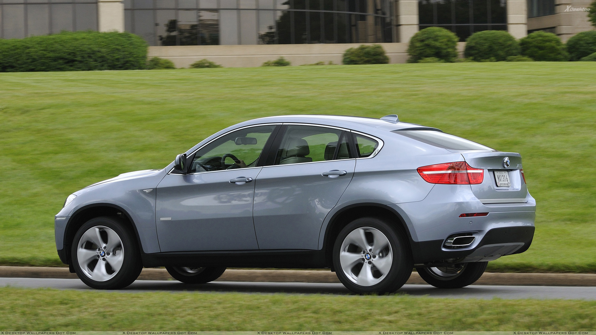 You Are Viewing Wallpaper Titled 2010 BMW ActiveHybrid X6