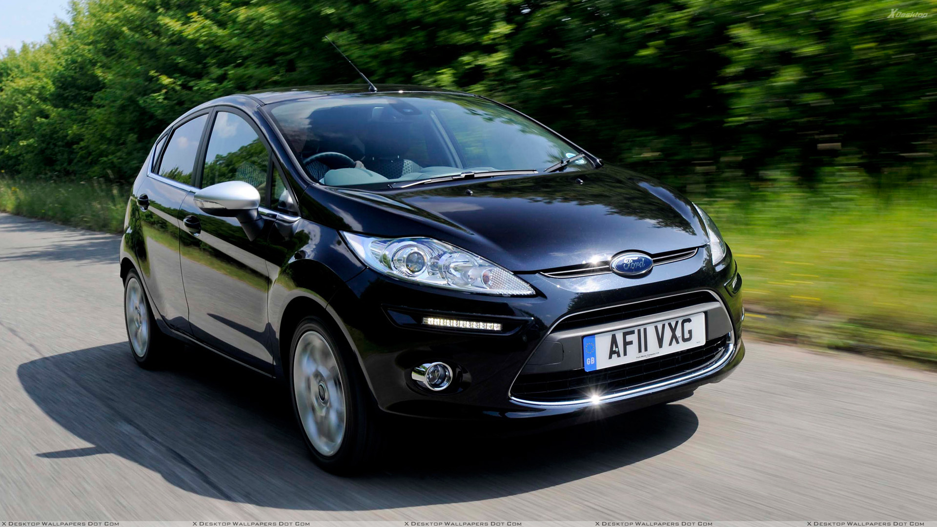 2011 ford fiesta centura running in black wallpaper. Black Bedroom Furniture Sets. Home Design Ideas
