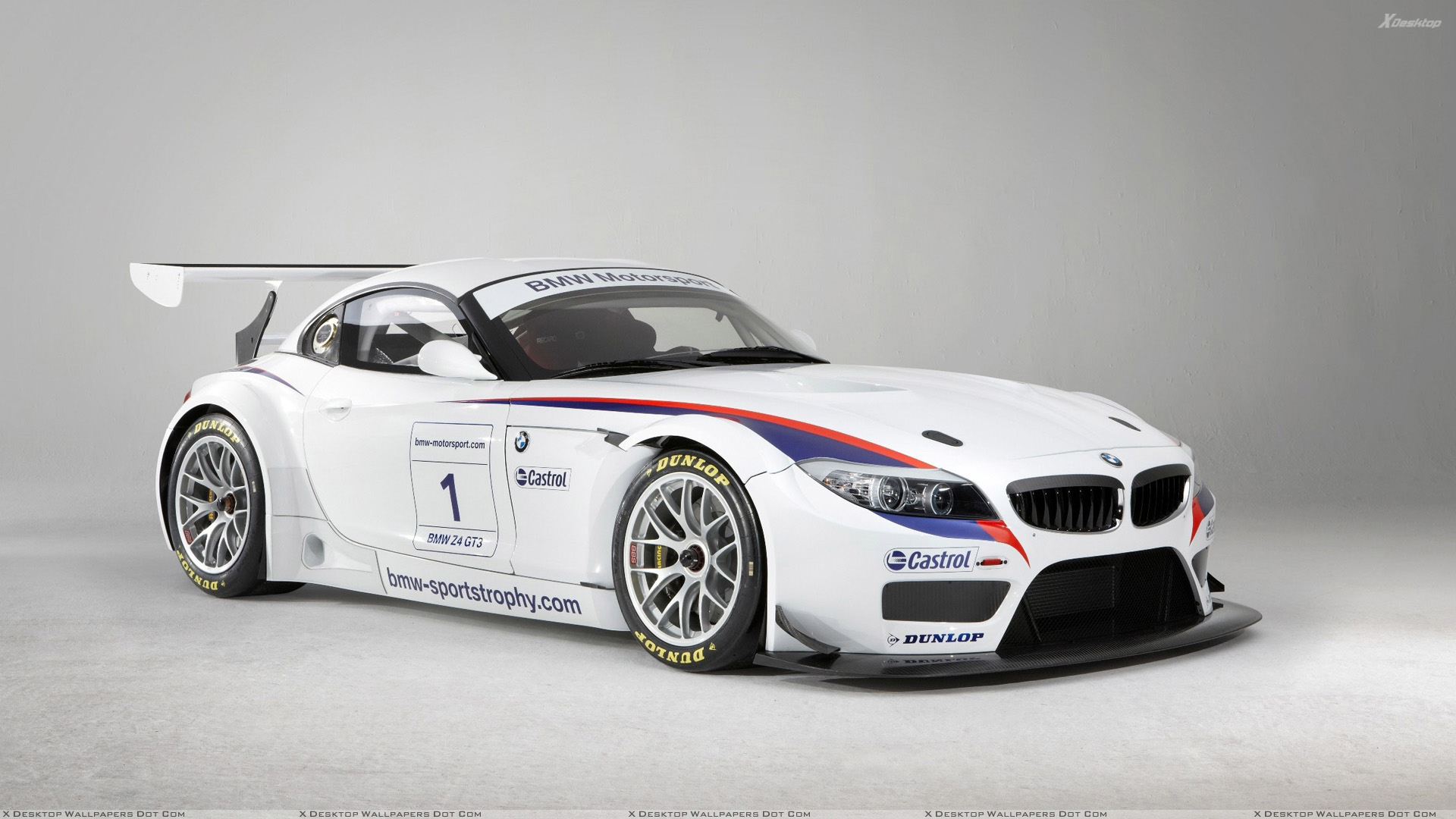 Bmw Z4 Gt3 In White At Goodwood Festival Of Speed Wallpaper