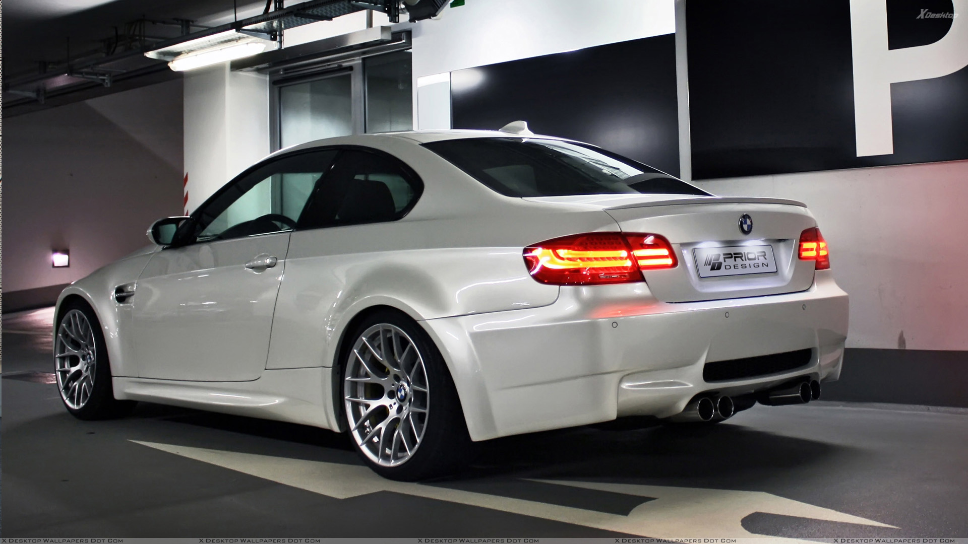 You Are Viewing Wallpaper Titled Back Light On BMW E92