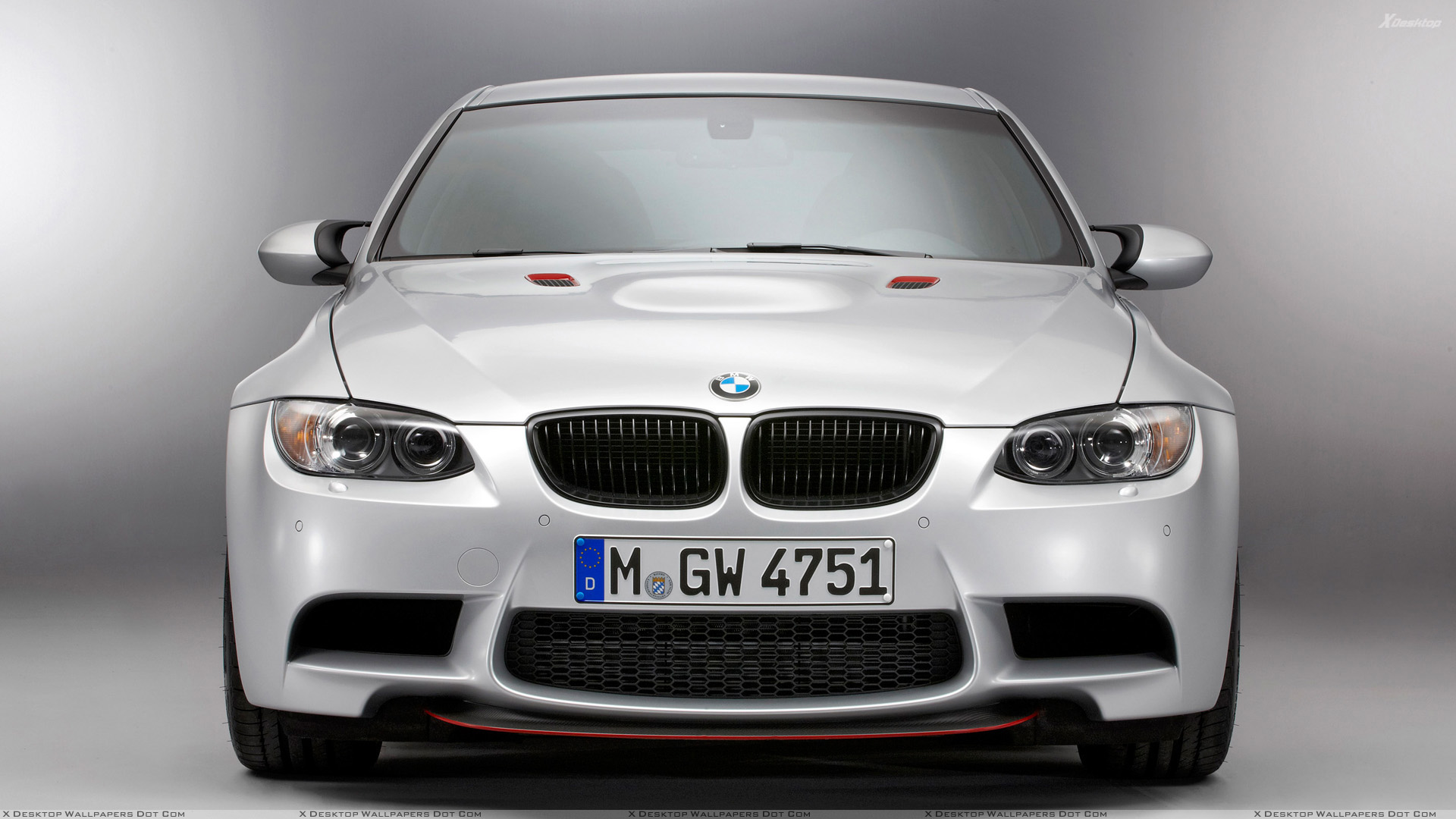 Front Pose Of 2011 Bmw M3 E90 Crt In White Wallpaper