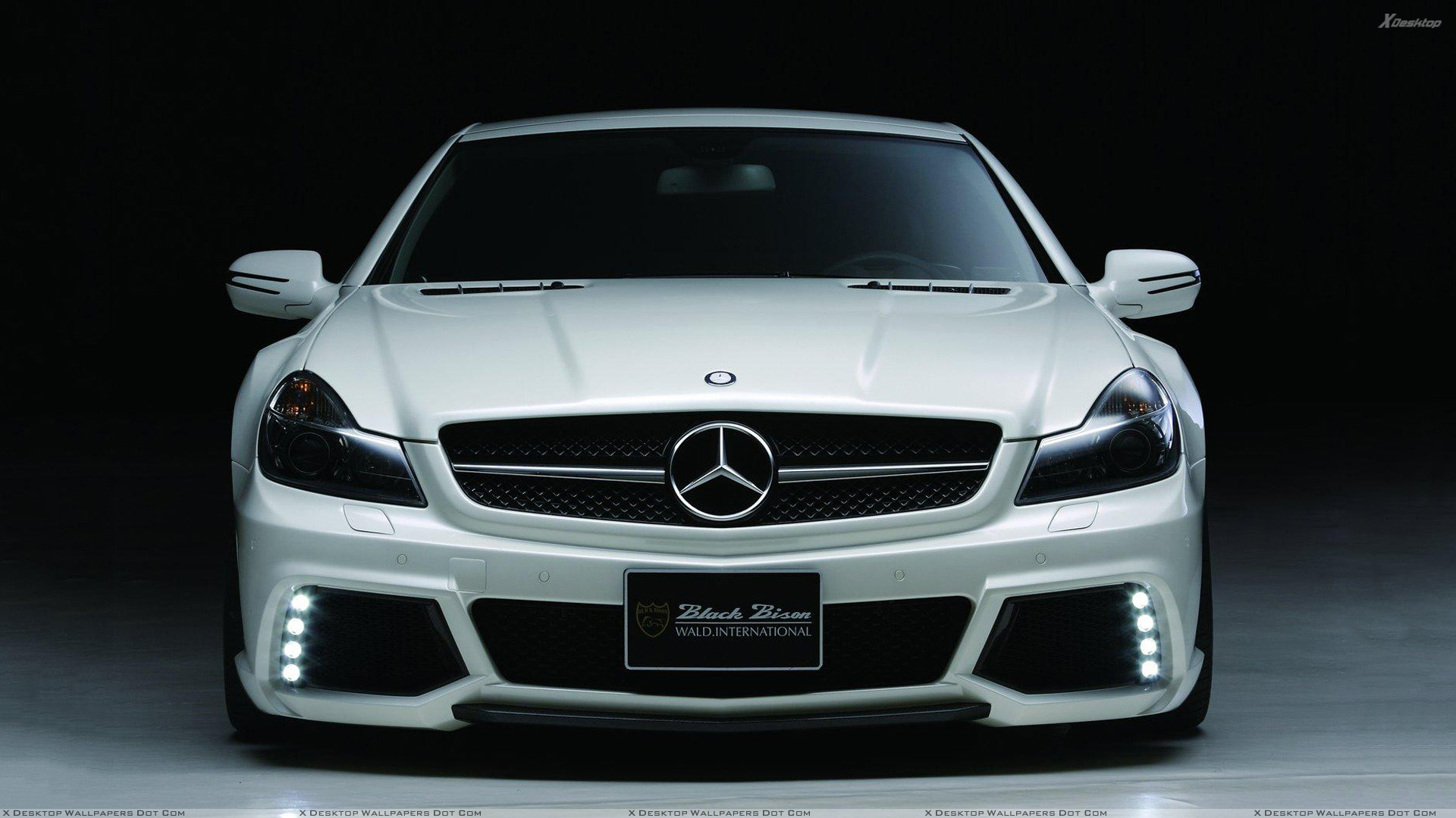 Front Pose Wald Mercedes Benz R230 Black Bison Edition In White