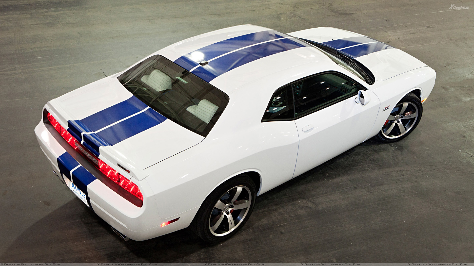 top view of 2011 dodge challenger srt8 in white wallpaper