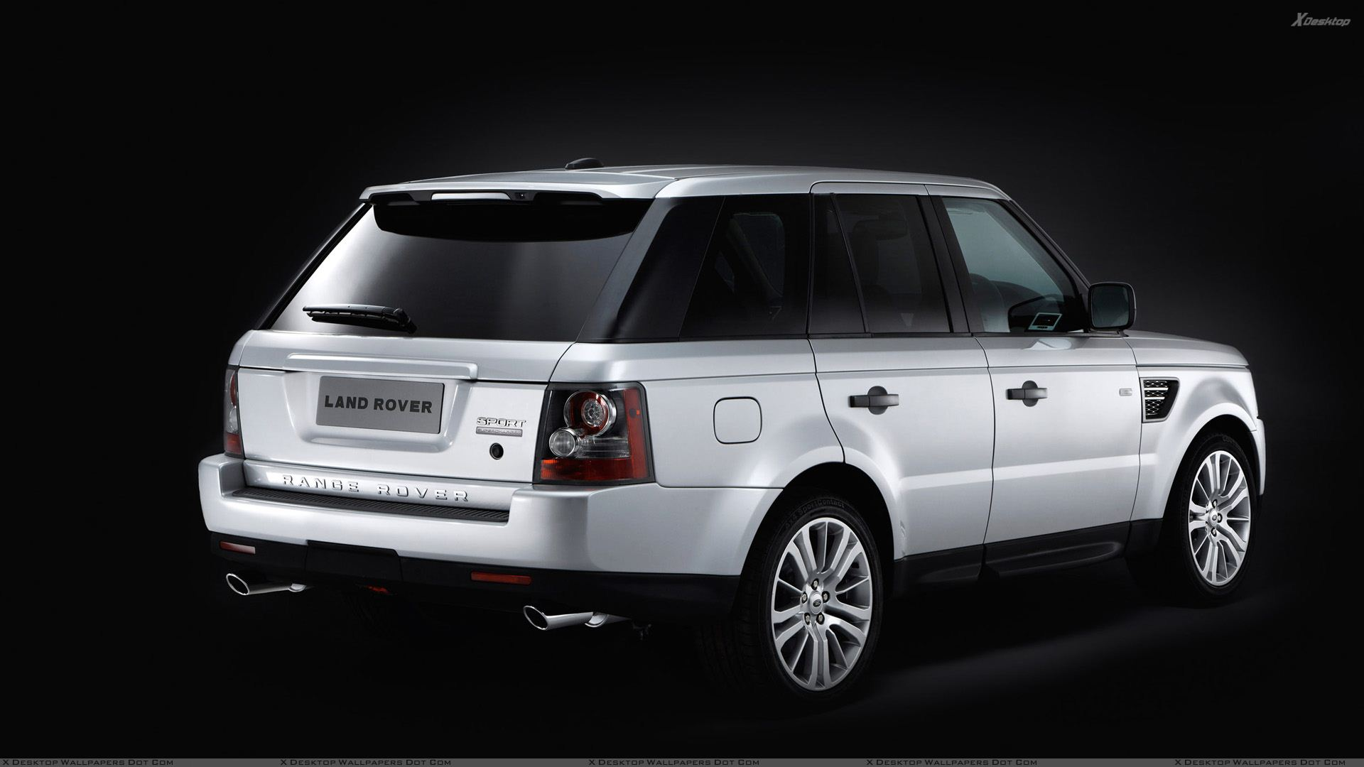 2010 range rover sport side back pose in white n black. Black Bedroom Furniture Sets. Home Design Ideas