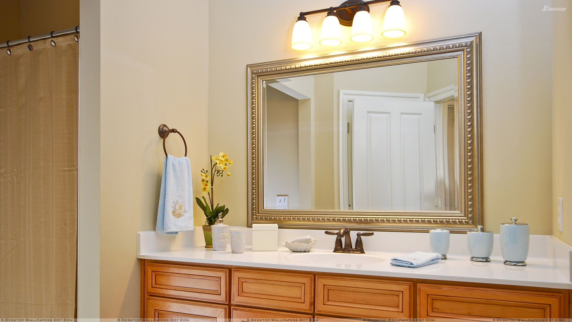 How to frame mirror in bathroom