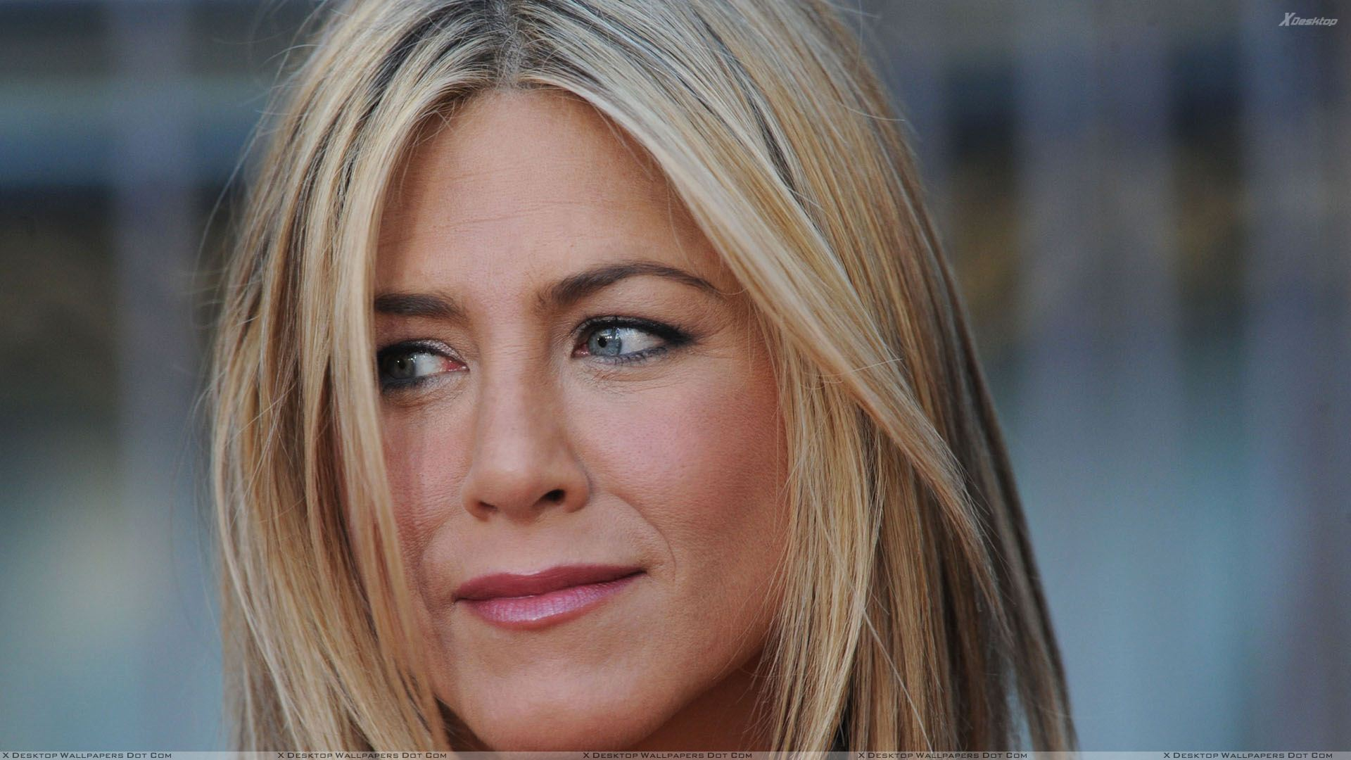 jennifer aniston face closeup at horrible bosses premiere in