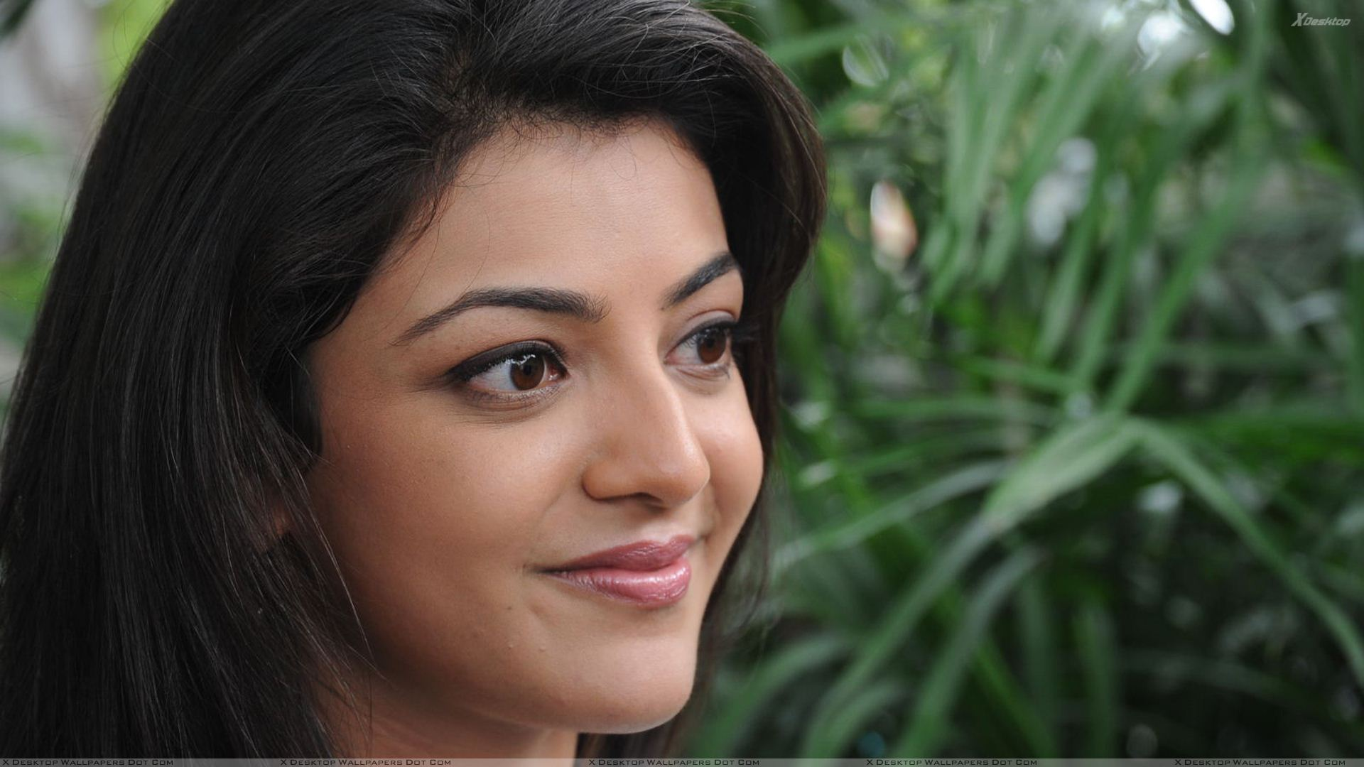 kajal aggarwal pink lips cute face closeup wallpaper