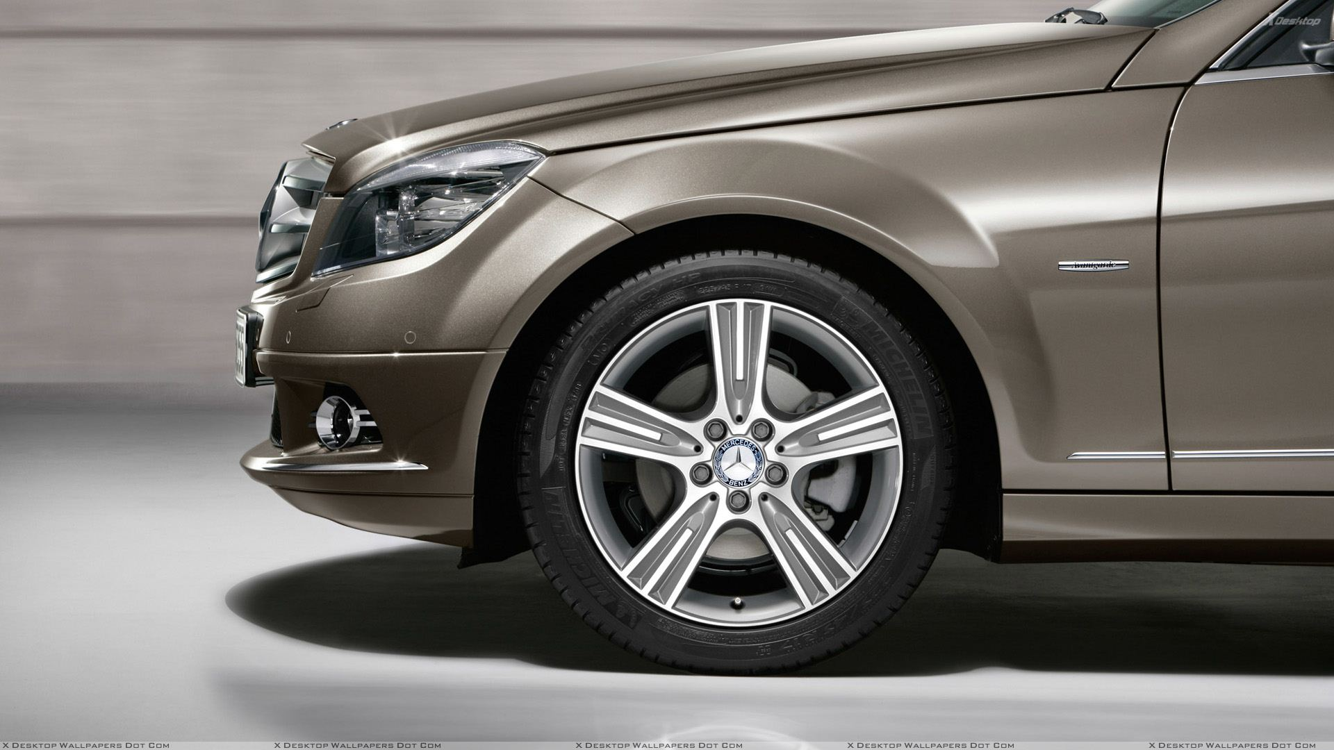 Mercedes benz wallpapers photos images in hd for Mercedes benz tyres