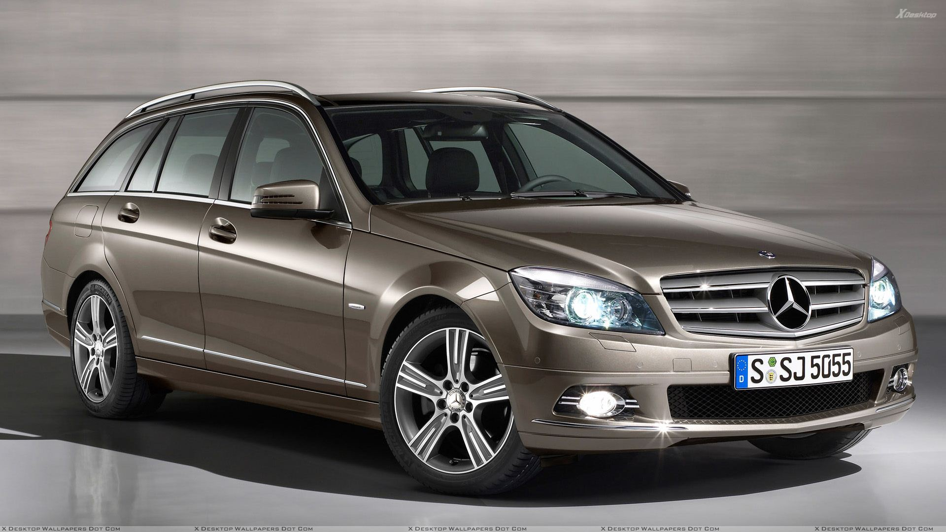 Mercedes benz c class special edition side front pose in for Brown mercedes benz