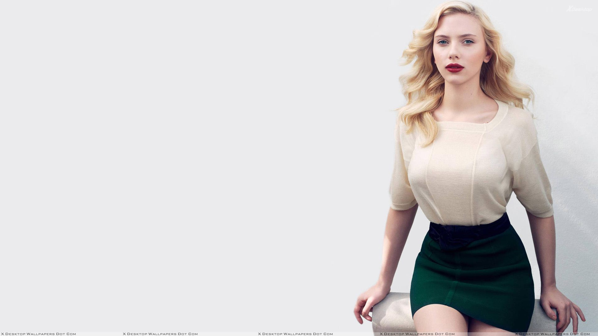 "You are viewing wallpaper titled ""Scarlett Johansson ..."