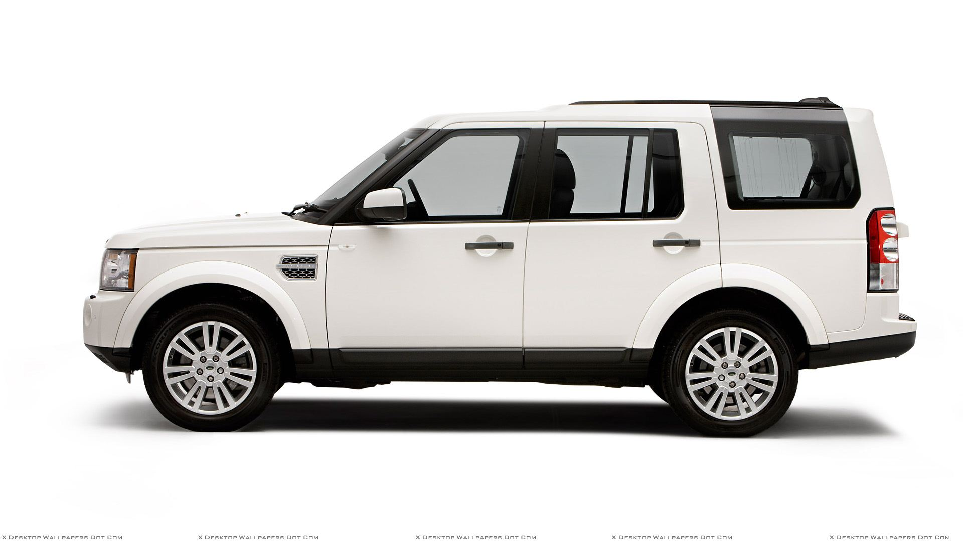Land Rover Discovery Wallpapers, Photos & Images in HD