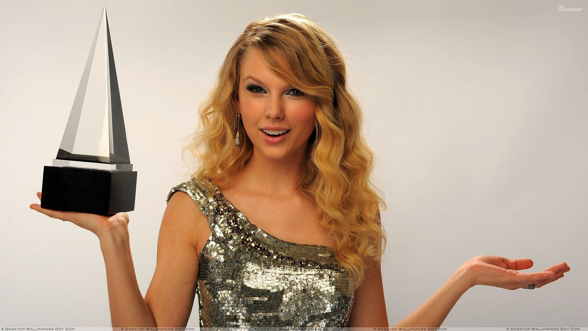 Taylor Swift Wallpapers Photos Images in HD