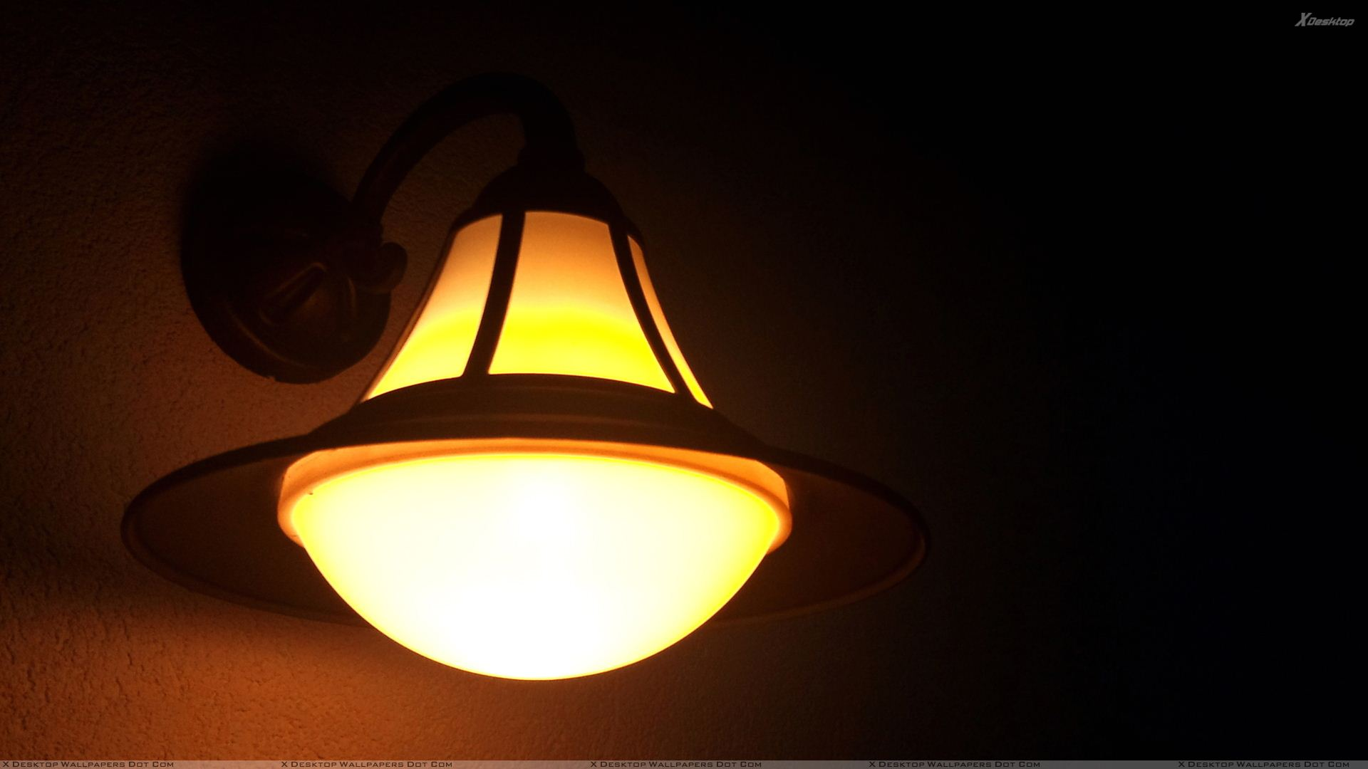 Lamp Closeup At Night Wallpaper