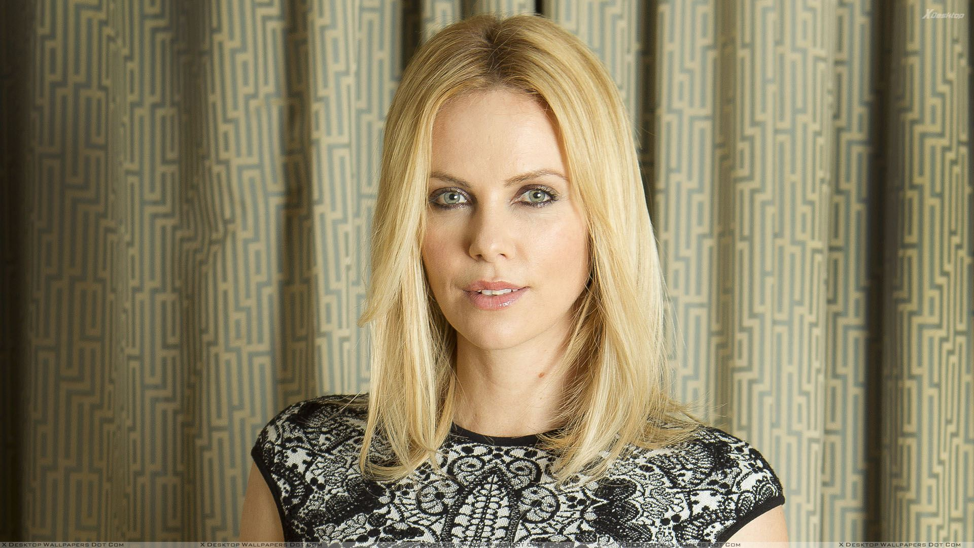 Is a cute Charlize Theron nudes (93 pics), Paparazzi