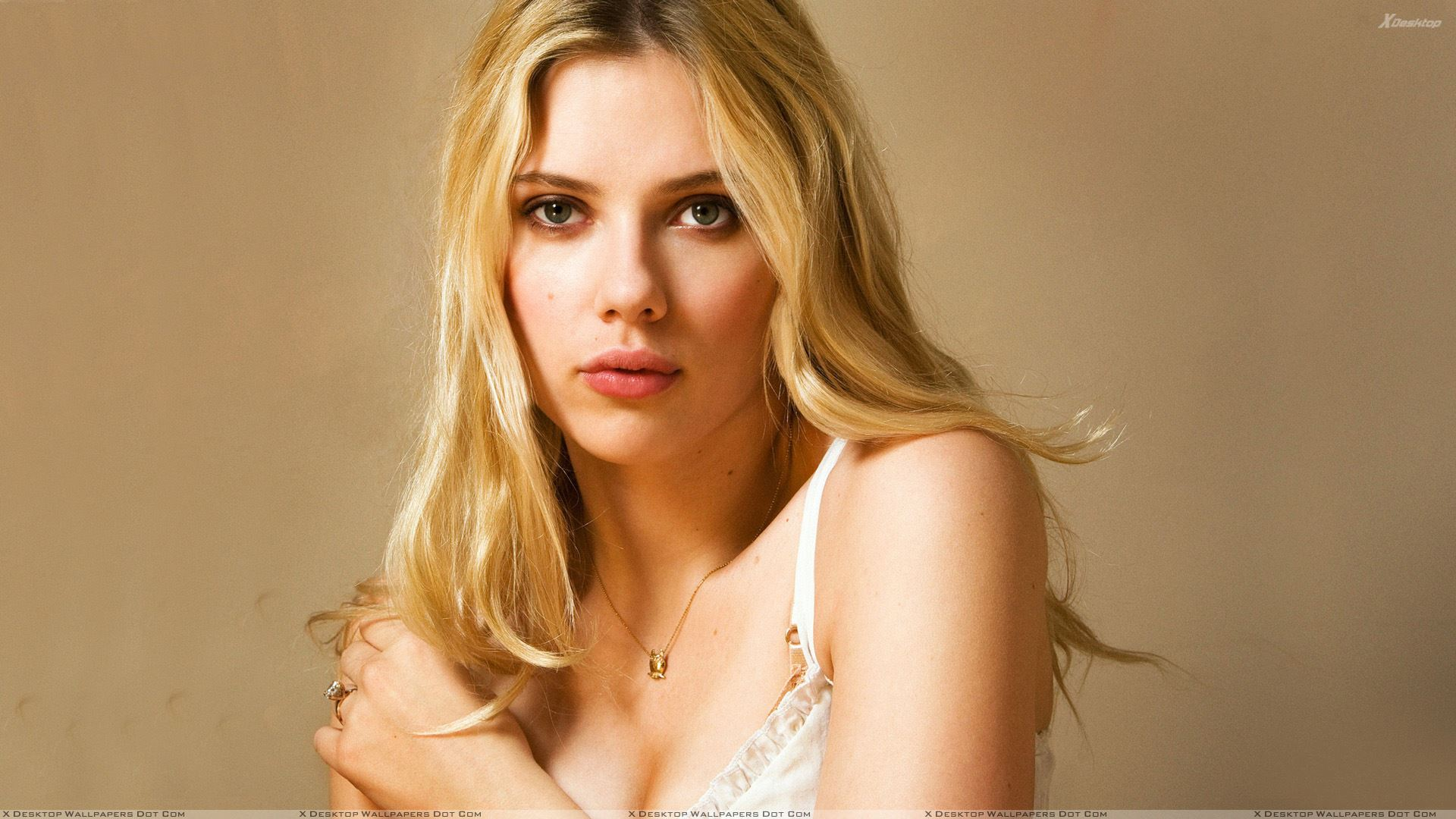 Featured Wallpapers. Scarlett Johansson ...