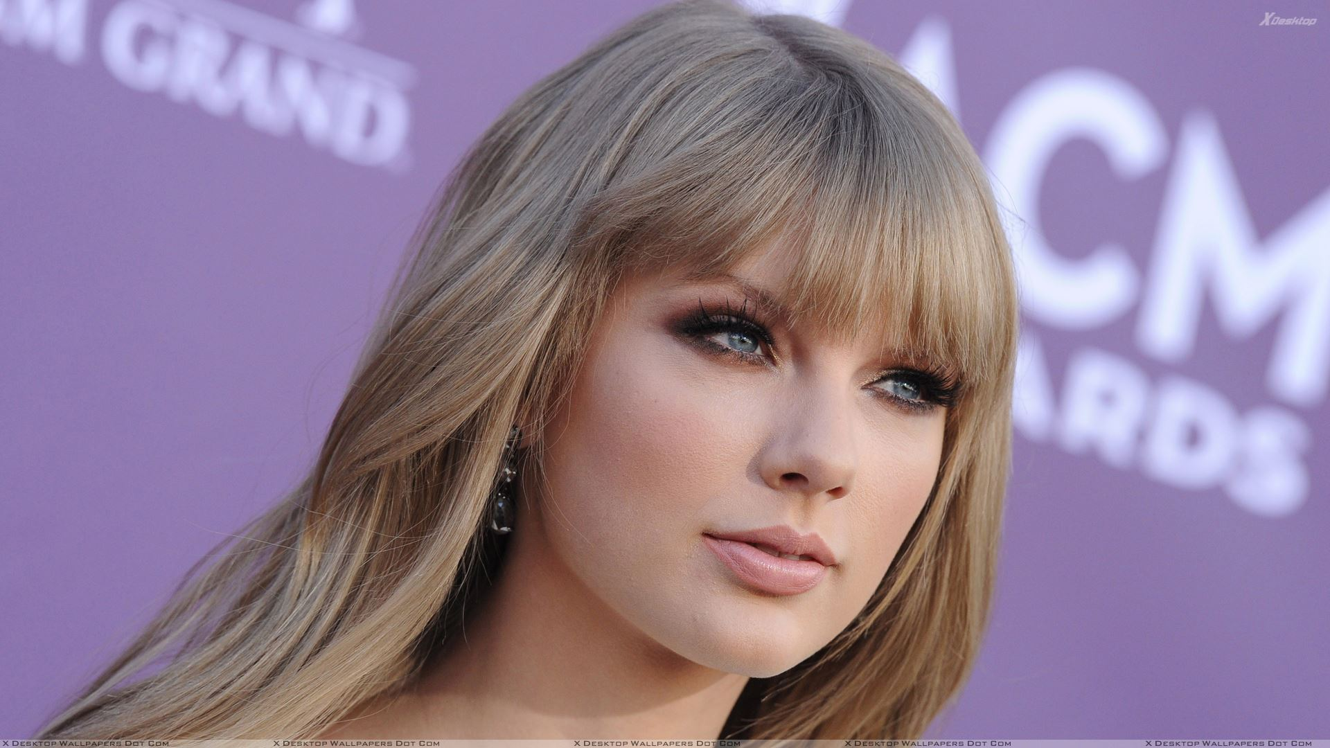taylor swift cute eyes face closeup at 47th annual acm awards wallpaper