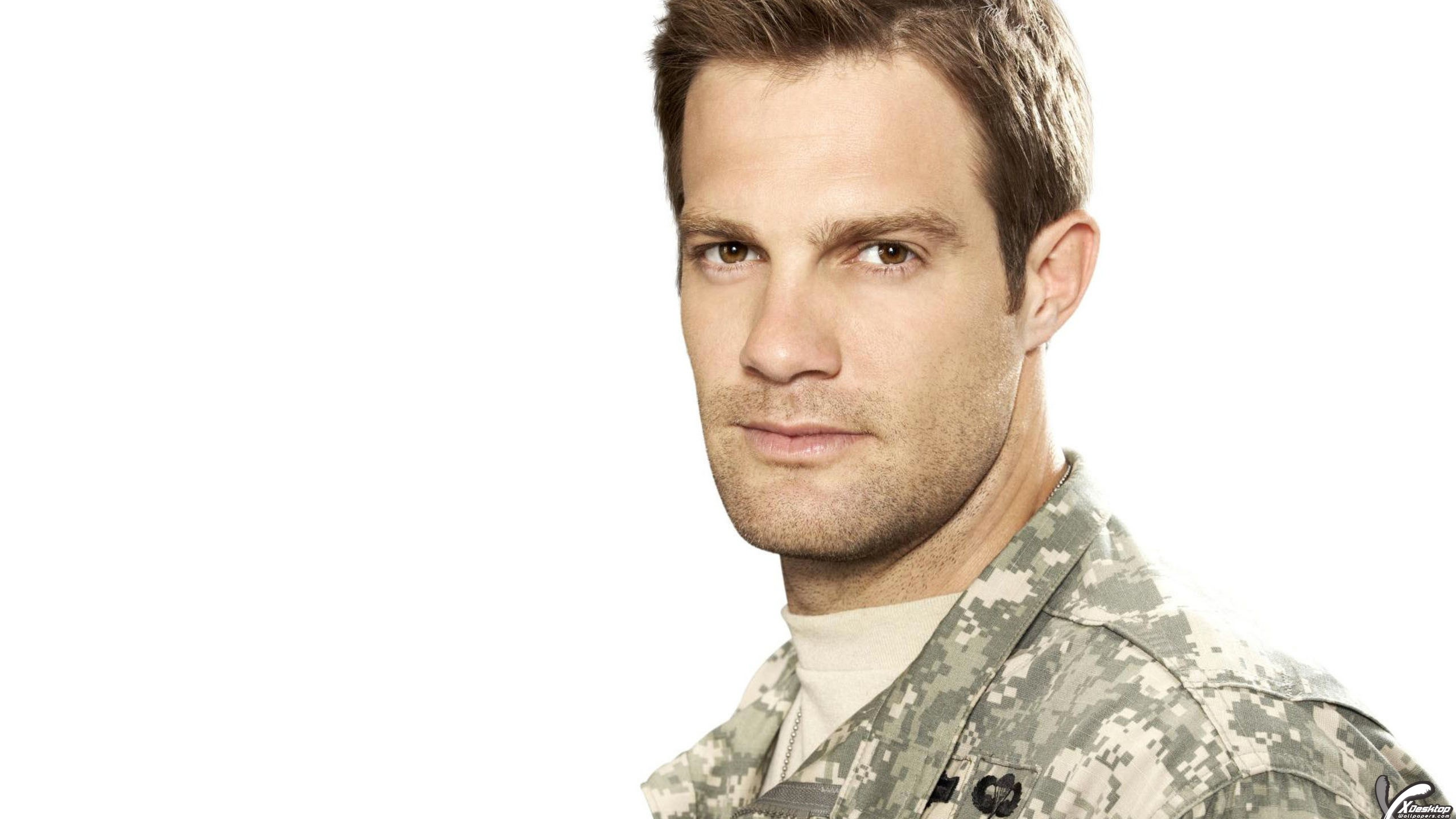 geoff stults net worth